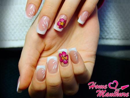 элегантный нарощенных френч на квадратных ногтях