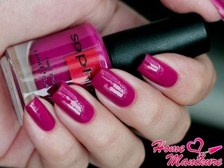 лак для ногтей Sophin цвета фуксии