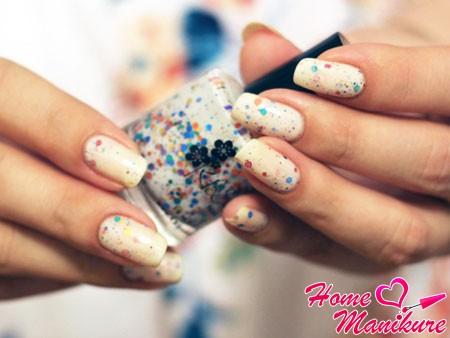 стильный лак Oh Splat на ногтях