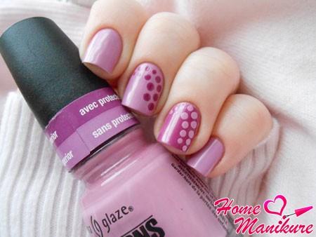 стильный точечный дизайн ногтей с China Glaze