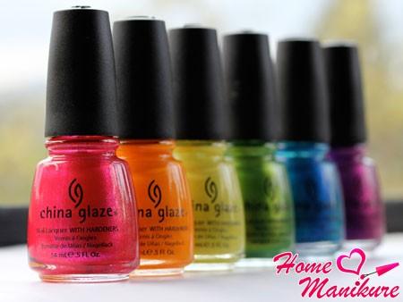 яркие цвета лаков от China Glaze