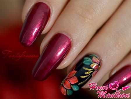 жостовская роспись ногтей в классическом исполнении