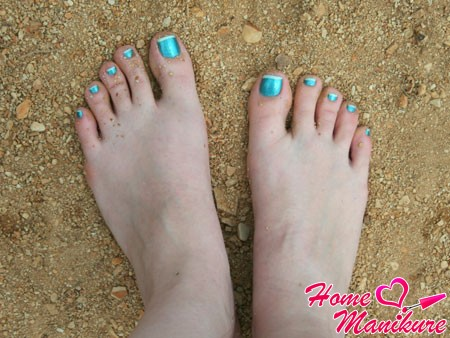 френч на ногах в морских тонах