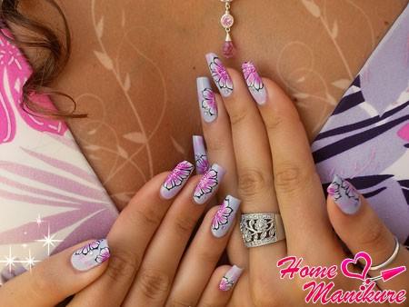 красивые ногти с цветочными рисунками