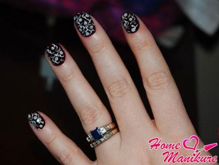 красивые ногти с утонченными рисунками