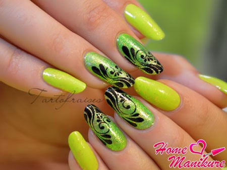 потрясающий дизайн ногтей в цвете лайма