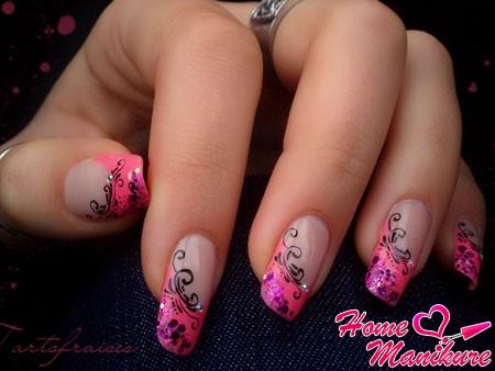розовый френч с утонченными рисунками
