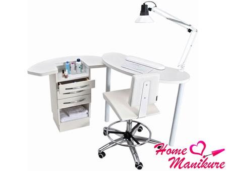 стационарный стол для маникюра