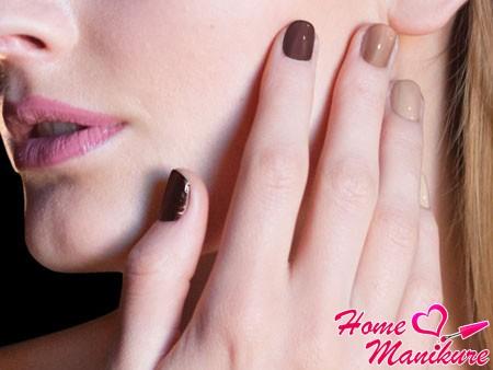 переход цвет на ногтях в стиле омбре