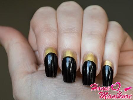 черно-золотистый френч