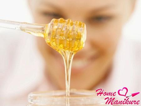 мед решит проблему сухости кожи