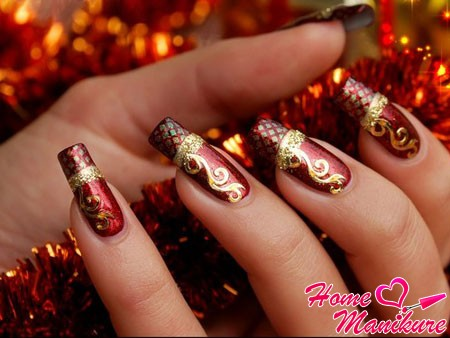 золотистый новогодний френч