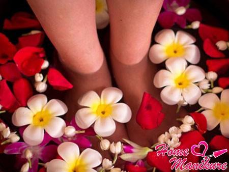 ванночки для ног против натоптышей