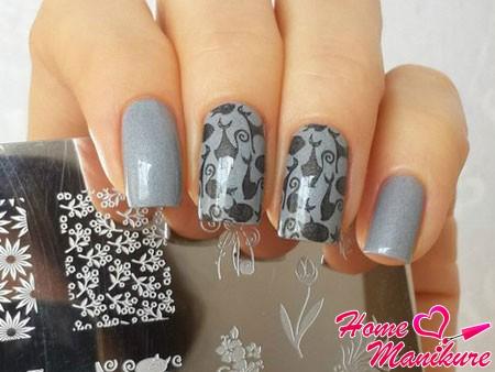 красивые рисунки на ногтях с пластины lesly