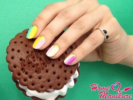 красивый переход цветов на ногтях