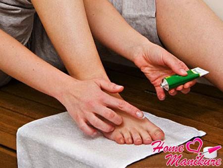 ламизил крем от грибка ногтей