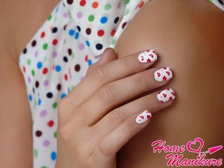модный дизайн ногтей со стемпингом moyou