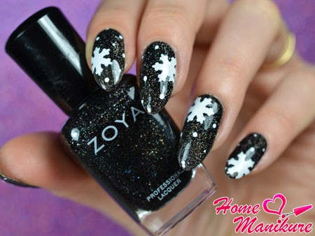 шикарный дизайн ногтей со снежинками