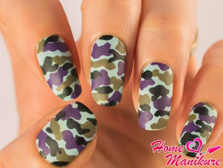 фиолетовый камуфляжный дизайн ногтей