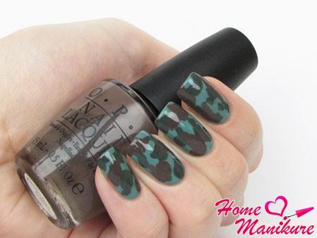 Дизайн ногтей в стиле «Камуфляж»