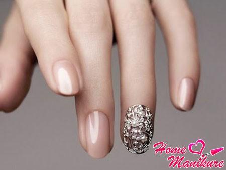 Дизайн ногтей фото телесного цвета