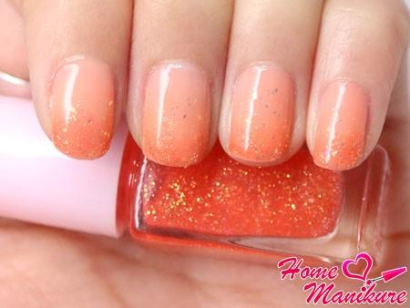 персиковый омбре с блестками