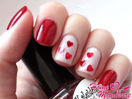 дизайн ногтей с сердечком
