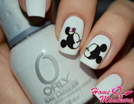 Минни и Микки на ногтях