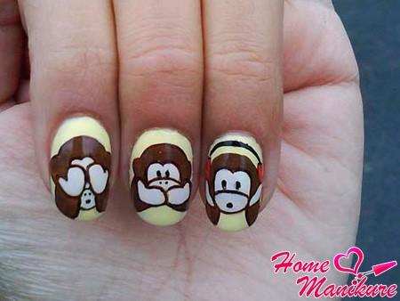 дизайн ногтей с обезьяной