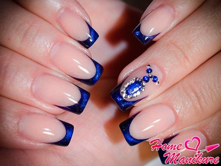 нарощенный синий новогодний френч