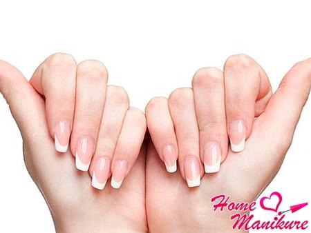 результат протезирования ногтей на руках