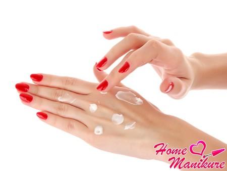 уход за кожей рук и пальцев