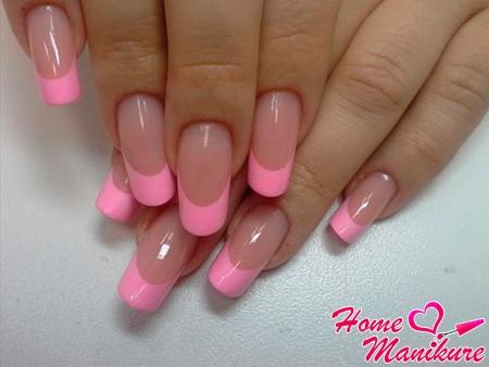 бледно-розовый френч