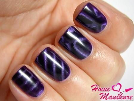 фиолетовый магнитный нейл-арт