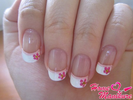 розовый френч с цветами