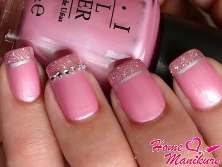 розовый френч со стразами