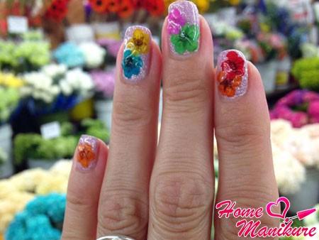 гелевые ногти с сухоцветами