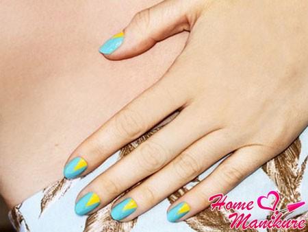 стильный лунный дизайн ногтей