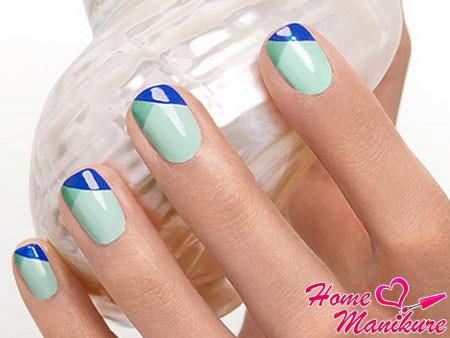 ультрастильный френч на ногтях