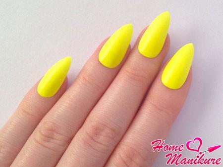 желтые неоновые ногти