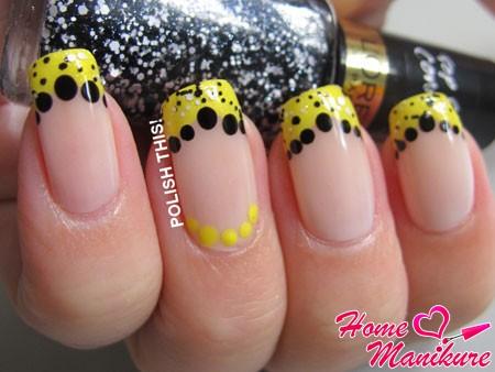 желтый френч с черными точками