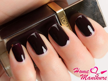 лак Tom Ford Black Cherry