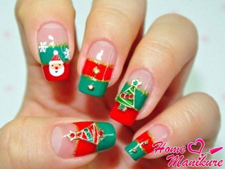 новогодние стразы на ногтях