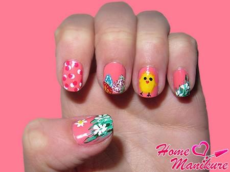 рисунок цыпленка на ногтях