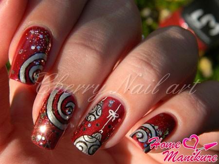 вариант новогоднего дизайна ногтей