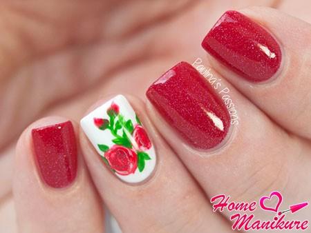 вишневые ногти с рисунком розы
