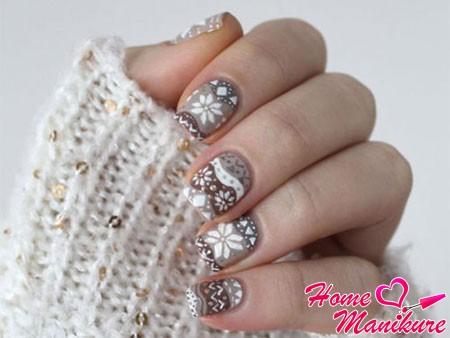 зимние орнаменты на ногтях
