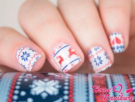 скандинавские мотивы на ногтях