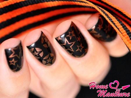 черно-оранжевый маникюр на День победы
