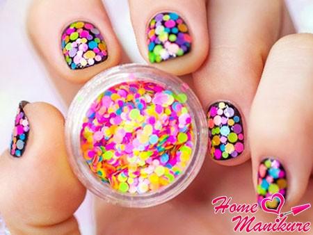 дизайн ногтей с камифубиками